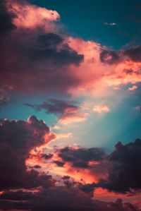 Clouds in the sky (represent Heaven)